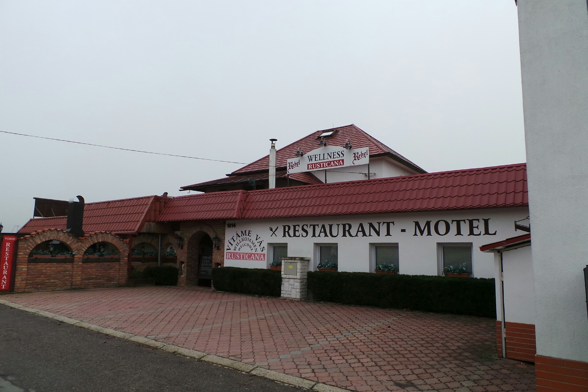 Motel Rusticana