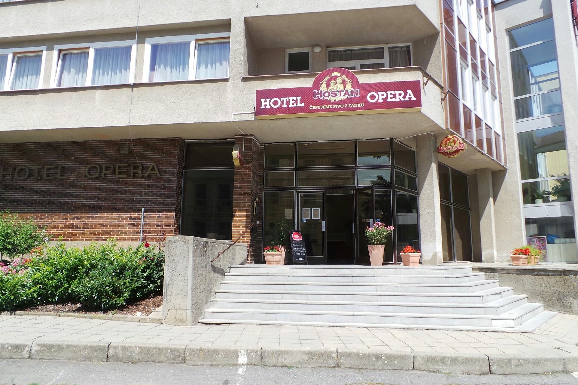 Grand HOTEL OPERA, s.r.o.