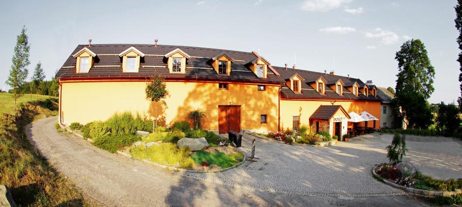 Hotel Horní Dvůr, s.r.o.
